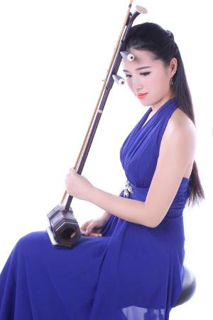 2016-07-03 Virtuosos Concert: Amely Zhou, Erhu 周嘉麗, 二胡